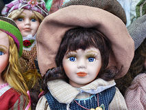 瓷玩偶,玩具店 免版税库存图片