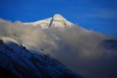瓷珠穆琅玛横向本质西藏 库存照片