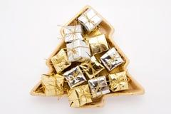 瓷盘冷杉打包形状的小的结构树 免版税图库摄影