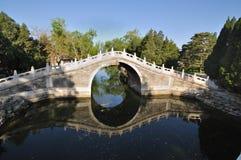 瓷石Beidge在颐和园北京 免版税库存图片