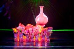 瓷窑--历史样式歌曲和舞蹈戏曲不可思议的魔术-淦Po 免版税图库摄影