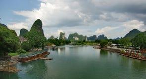瓷绿河 库存照片