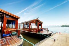 瓷西方杭州的湖 库存照片