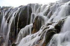 瓷西藏人瀑布 免版税库存图片
