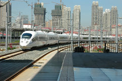 瓷高速火车 免版税库存照片