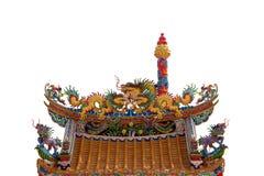 瓷龙屋顶雕象寺庙 免版税库存照片