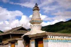 瓷dagoba gamel西藏白色 免版税库存图片