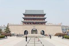 甘肃,中国- 2015年4月08日:南墙壁门 著名历史的S 库存图片