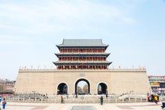 甘肃,中国- 2015年4月08日:南墙壁门 著名历史的S 免版税图库摄影