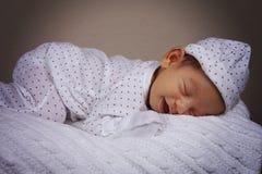 甜休眠的男孩 免版税库存照片