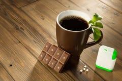 甜叶菊巧克力和咖啡 免版税库存照片