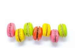 甜和五颜六色的法国蛋白杏仁饼干或macarons 图库摄影