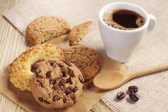 甜咖啡的曲奇饼 库存照片