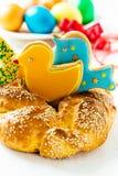 甜复活节面包 免版税库存照片