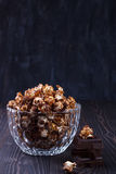 甜巧克力玉米花 库存图片