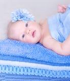 甜新出生的女孩 免版税图库摄影