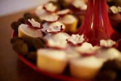 甜杯形蛋糕 库存照片