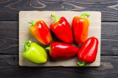 甜椒五颜六色的品种  免版税库存照片