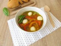 甜椒汤用无盐干酪 免版税库存照片