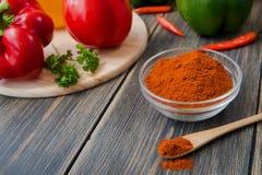 甜椒被分类的五颜六色的品种  图库摄影