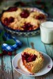 甜樱桃被填装的小圆面包 土气的样式 免版税库存图片