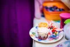 甜点和快餐 图库摄影