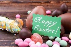 甜点和愉快的复活节卡片 免版税库存照片