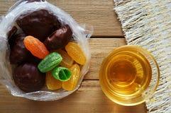 甜点和茶! 图库摄影