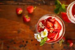甜点心的草莓 库存图片