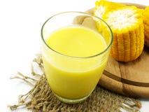 甜玉米汁玉米牛奶 免版税库存照片