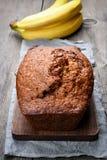 甜香蕉面包 库存照片