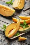 甜黄色新鲜的瓜 库存图片