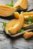 甜黄色新鲜的瓜 免版税库存图片