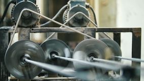 生产玻璃纤维标尺-综合增强制造,建筑的产业 股票视频