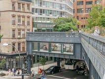 生产线上限第十条大道的都市剧院 库存照片