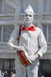 生存雕塑 俄罗斯,乌里扬诺夫斯克,城市天2017年6月12日 免版税库存图片