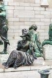 生存雕象在安特卫普 库存图片