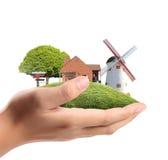 生意人保护您的之家 免版税库存图片
