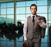 生意人在机场 库存图片