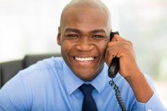 生意人电话使用 免版税图库摄影