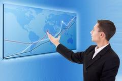 生意人绘制现代的映射图表 免版税库存照片