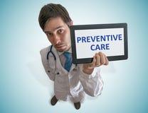 医生提预防关心的建议 顶视图 免版税库存图片