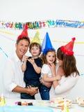 生日儿童父项集会他们 库存图片