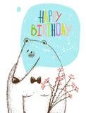 生日快乐熊与花的贺卡 免版税库存图片