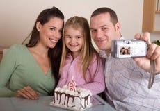 生日的家庭照片 免版税库存图片
