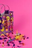 生日聚会的礼物袋子 免版税库存图片