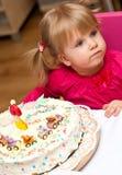 生日蛋糕女孩年轻人 库存图片