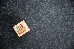 生日蛋糕对光检查例证向量 库存照片
