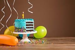 生日蛋糕第一 免版税库存照片