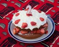 生日蛋糕草莓 免版税库存图片